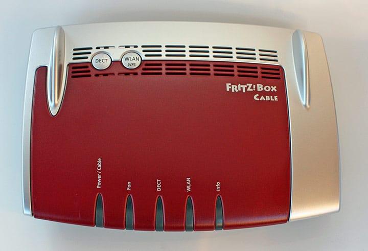 FRITZ!Box 6490 Cable von oben
