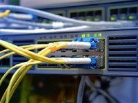1&1 bietet Glasfaseranschlüsse über M-net-Infrastruktur