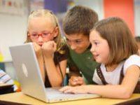 Eltern oft sorglos bei Internetaktivitäten der Kinder