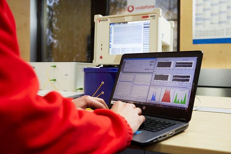 Vodafone und Nokia zeigen das Netz der nächsten Generation: Passive Optical Networks (PON) erreichen bis zu 100 Gbit/s. © Vodafone